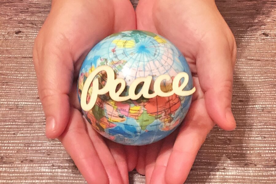 peace-on-earth_t20_aOEWn6